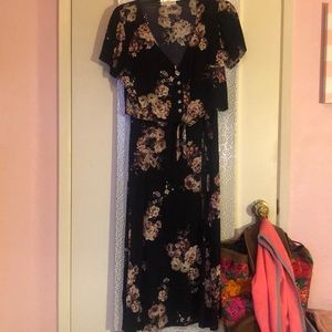 Floral tie front top and maxi skirt